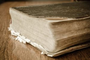 Old, dusty dictionary - 5 (Really Easy!) Ways to Boost your SEO by using a Glossary